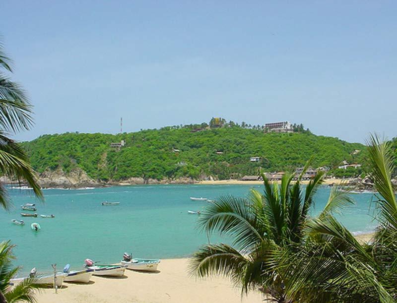 Playa-del-Muelle-Puerto-Angel